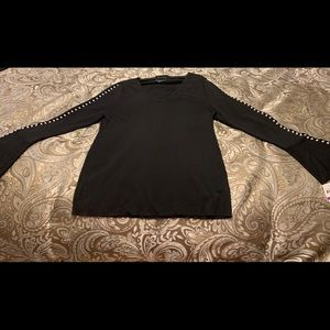 Ladies Inc. (Macy's) long sleeve blouse w pearls